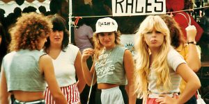 80's Young Fashion: Color Photos Of US Teen Girls During The 1980s