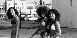 Amazing Black And White Photos Capture SoCal's Skate, Beach & Punk Scenes From Between The Late 1960s And Early 1980s