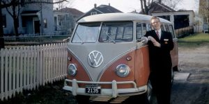 Hippie Van Of The 1960s: Amazing Photographs That Capture People With Their Classic VW Buses
