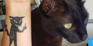 This Tattoo Artist Can't Draw And That's Precisely Why Her Clients Choose Her