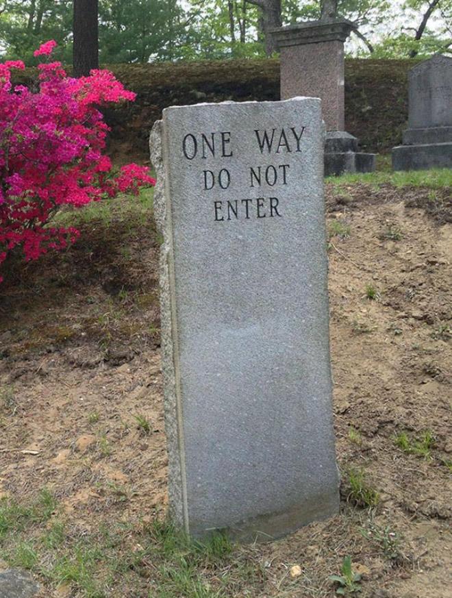 [Image: funny-gravestones16.jpg?iv=254]