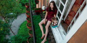 Photographer Captures Intimate Photos Of The Russian Student Girls In Their Communal Apartments And Hostels