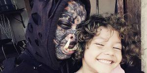Real-Life Orc: Brazilian Tattoo Artist Has Giant Tusks Implanted to Resemble Fictional Creature