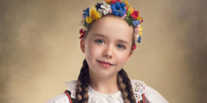 Photographer Captures Beautiful Polish Folklore Costumes In A Painting-Like Style