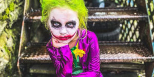 A Horror–mad Seven-Year-Old Girl Has Ditched Disney Princesses to Recreate Scenes from Gory Films Such as The Exorcist and Chucky