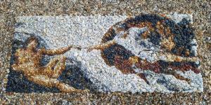 British Artist Justin Bateman Creates Intricate Art Using Pebbles