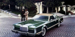 Beautiful Photos of the Lincoln Continental Mark V