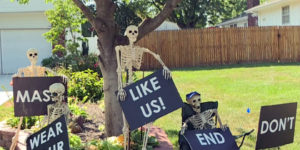 Brilliant Halloween Decorations That Are Both Funny And Frightening